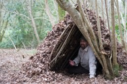 Shelter building with wildway