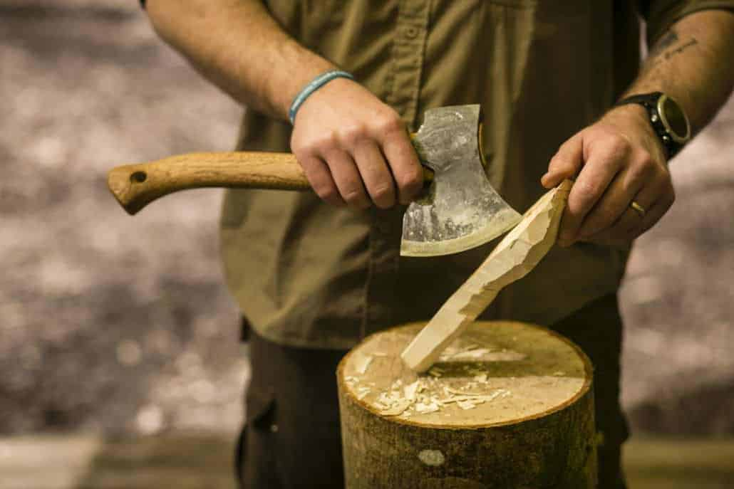Sharpen your bushcraft axe